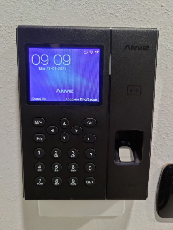 Time and Attendance System, Fingerprint, Card and PIN, C2Pro Rfid/FP Wi-fi PoE Linux